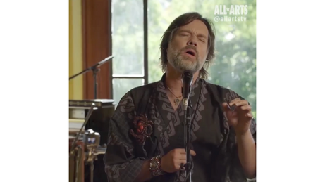 "Rufus Wainwright performs ""Unfollow the Rules: The Paramour Session"""