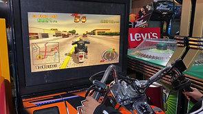 ロスの街をハーレーで走る!! 1997年 ハーレーダビッドソン L.A.ライダース セガ制作 アーケードゲーム