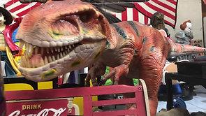 世界限定200体 No.10 巨大恐竜 3メートル