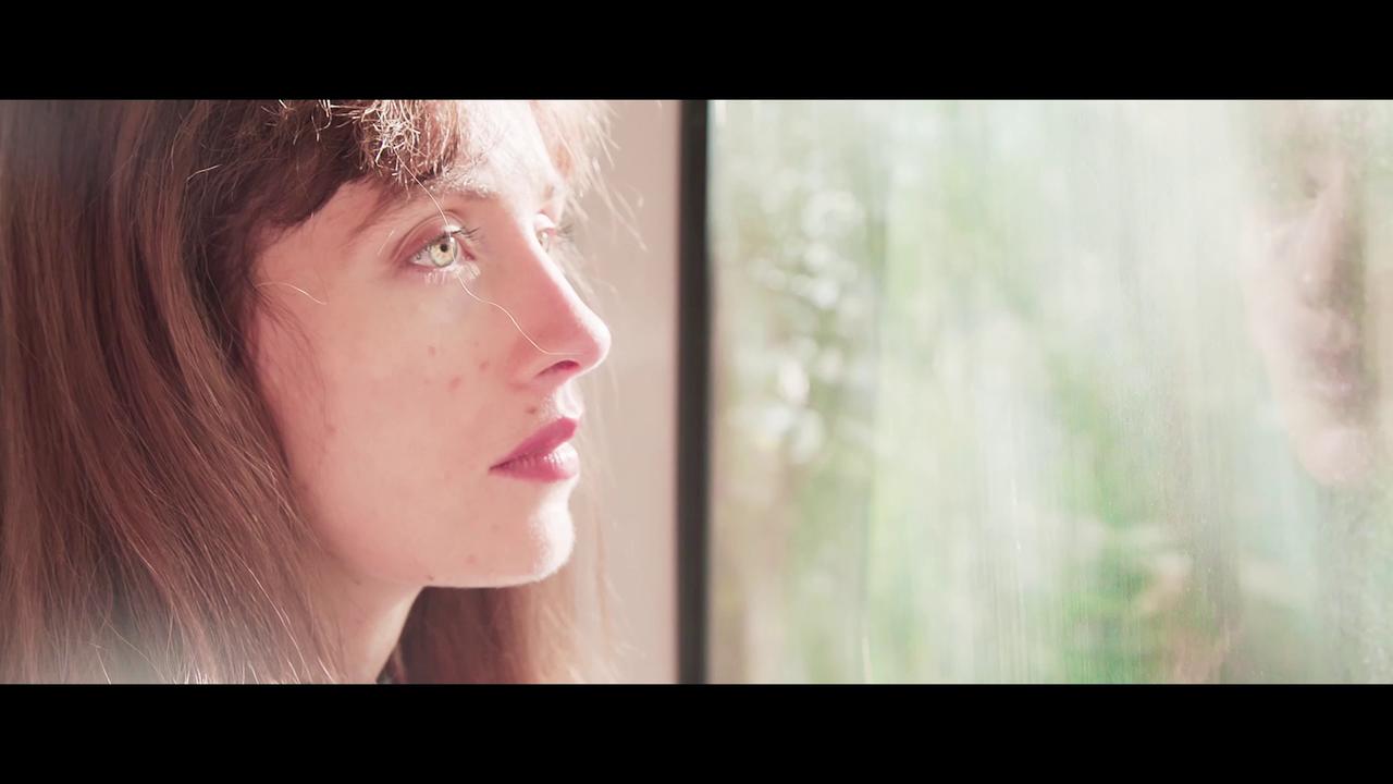 sous le soleil (under the sun) - Trailer