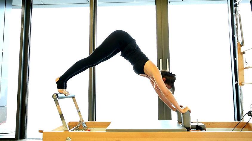 Exemplos de Exercícios de Pilates