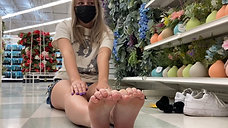 Blonde's 19yo Feet Fresh Out Of Her White AF1s