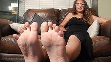 Foot Interview with 20yo Newcomer Keylia