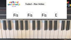 Meester Junya pianoles 1