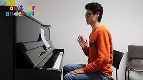 Meester Hanquin Zhou pianoles 1