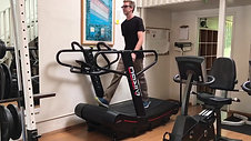 example of agility on our curved non-motorized treadmill