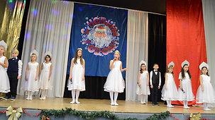 Приветствие Solisten:Diana Sedlezka(10 jahre),Emma Luise Haferkamp(9jahre),Sophia Hense(9jahre),Sofia Denisova  (8jahre),Jasmina Ernst (7Jahre) Musik Show-Gruppe
