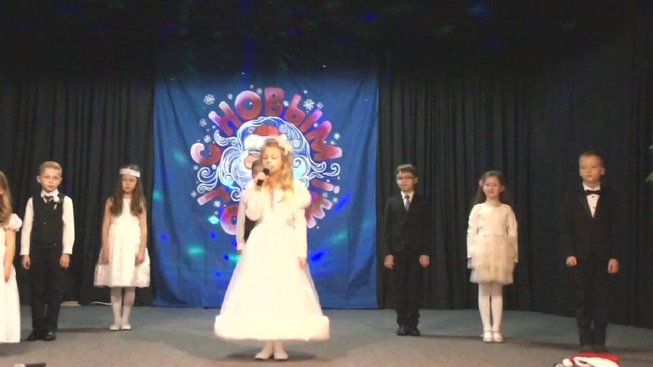 Mузыкальная Шоу-группа Emma Luise Haferkamp (6 Jahre), Diana Sedlecka (7Jahre), Sofia Friesen (6 Jahre) Arthur Rator (8Jahre)