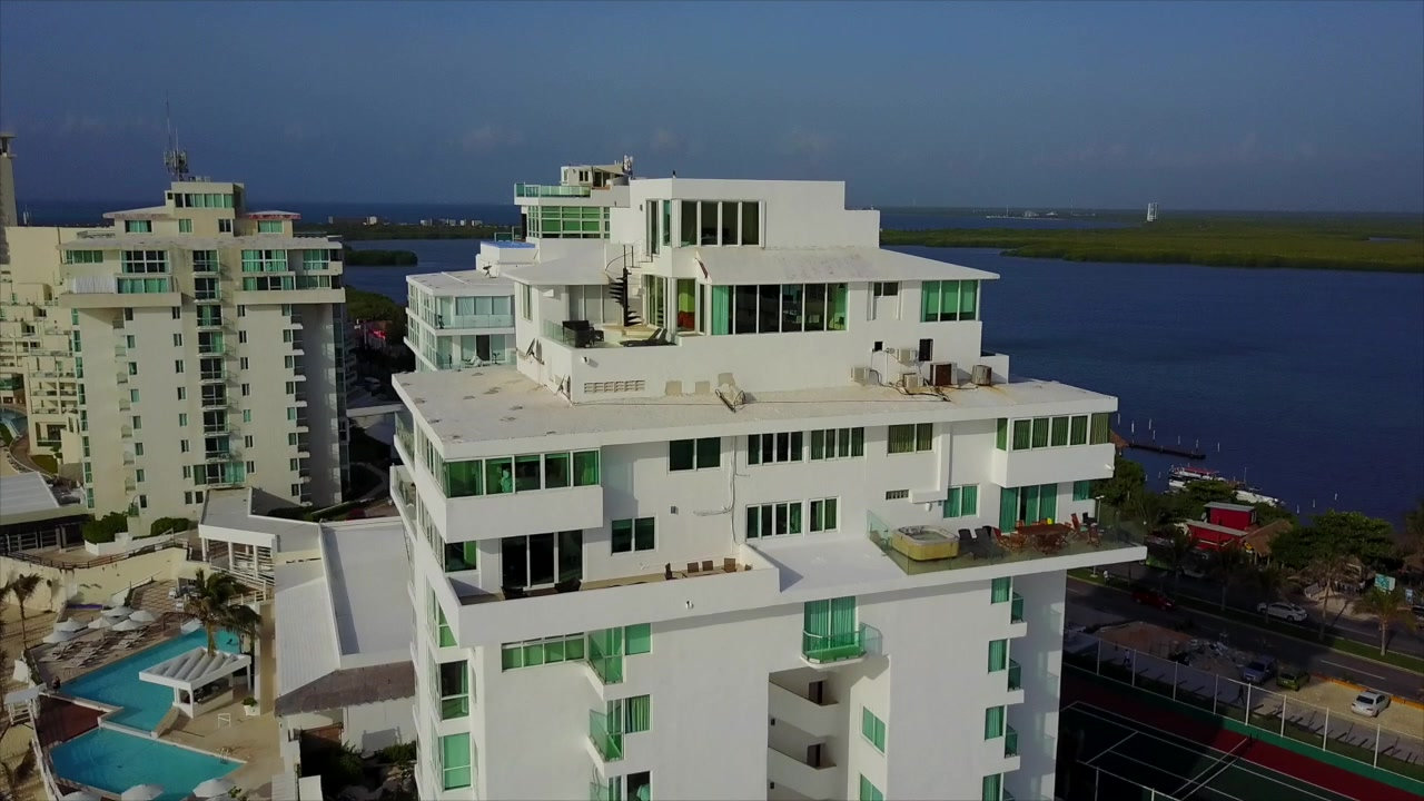 Penthouse #3702