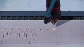 Unser bestes Stück: Der Hochpräzisions-Lasercutter