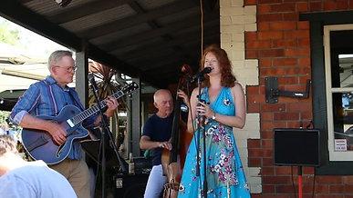 Live @ Settlers Tavern, Margaret River