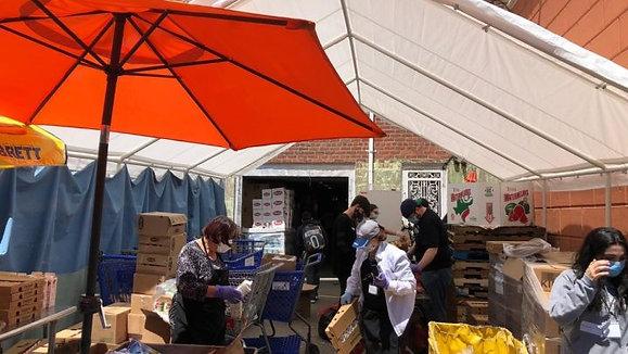 Kehilat Pantry donates tractor trailer full of fresh produce