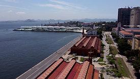 """flight at the port pier reveals """"Museu do Amanhã"""" and """"Rio-Niterói"""" Bridge"""
