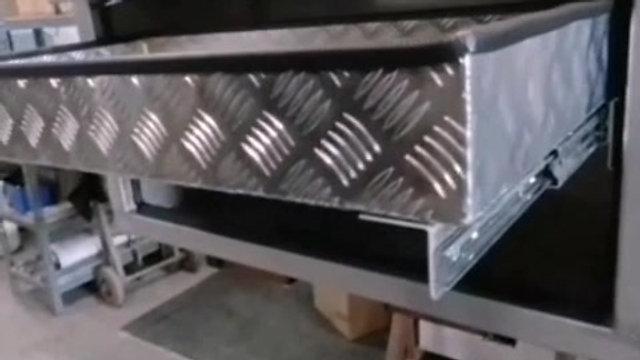 Sliding Lid Truck Toolbox