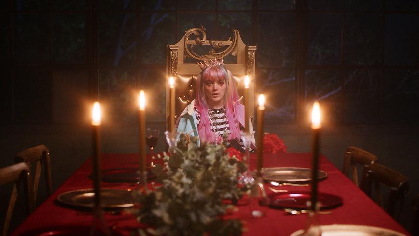 Elliot Lee - Drama Queen