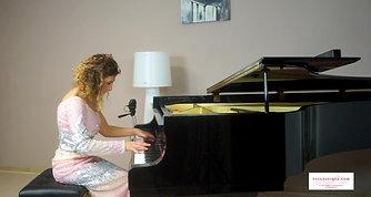 Carmen Luana STRUPPA - piano