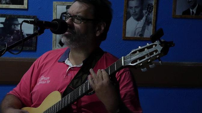 Jorge Tollé interpreta 'Lembra de mim' de Ivan Lins