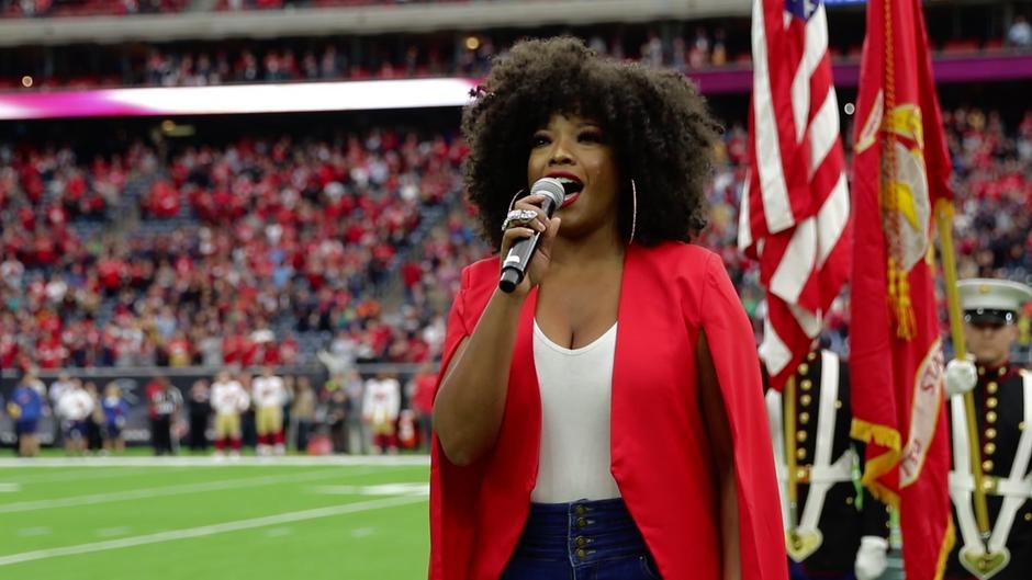 HOUSTON TEXANS x TÁMAR DAVIS - National Anthem