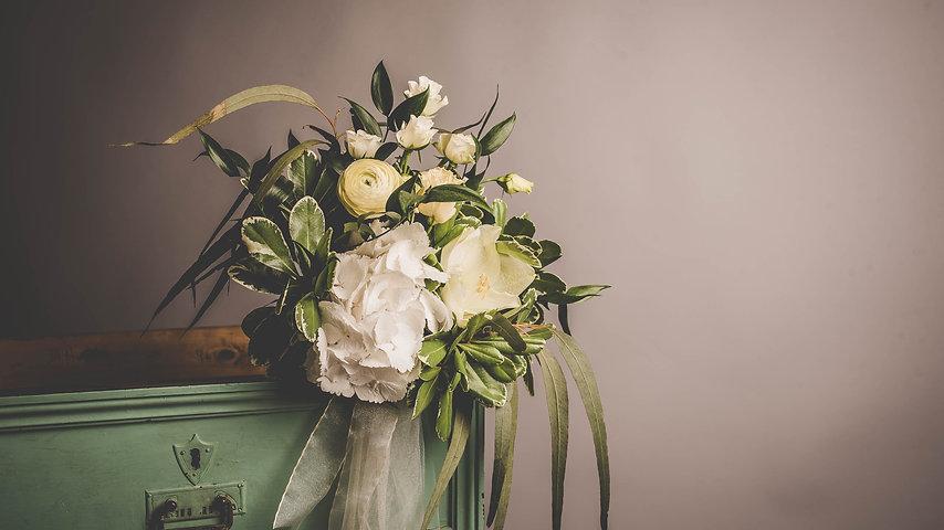 Styled Vintage Wedding Shoot