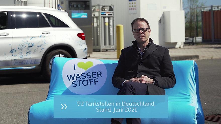 Zu Besuch an der Total Wasserstofftankstelle BER