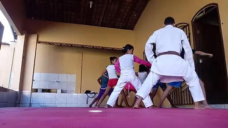 AULAS DE KARATE 5