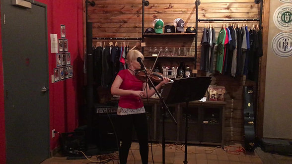 """Smooth Criminal"" LIVE at Tangled Roots Tap Room Open Mic"