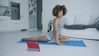 UPLOAD YOUR WORKOUT AND GET PAID PER MONTH