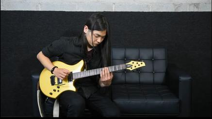 Shogo Iijima plays the Pinter SB1-R