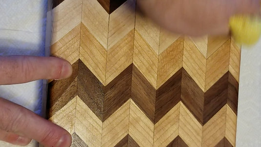 Chevron Edge Grain Cutting Board