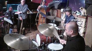 Antonio Fusco & Hironori Suzuki - Cherokke drums battle