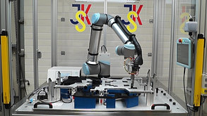 6-Axis Collaborative Robot Ultrasonic Welding Engine Cover