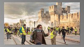 """Un jour avec les gilets jaunes -  """"Jour de manifestation avec les gilets jaunes en Avignon le 8 décembre 2018"""""""