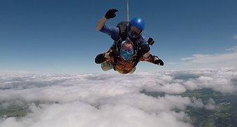 Skydive 1 Minute