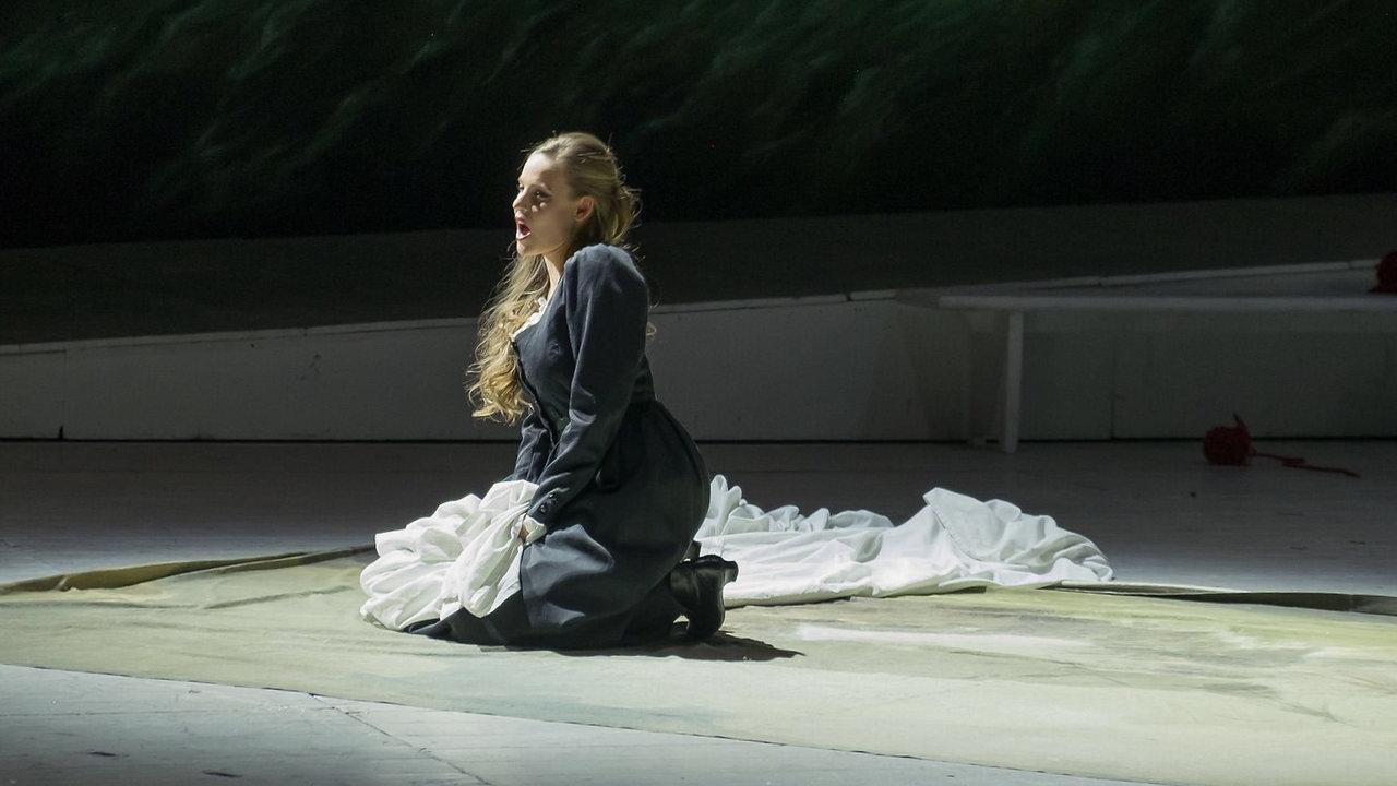 Sentas Ballade -  Tanja Christine Kuhn - Grabenkamera