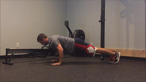 Push Up & Knee Tuck - Sliders