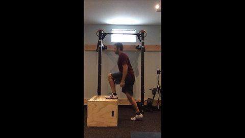 Step Up - Knee Thrust
