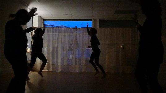 Dansa Sana a Ioga en Essència