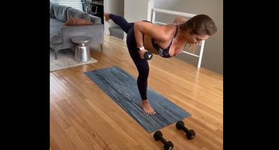 60 min Yoga Sculpt: TGIM