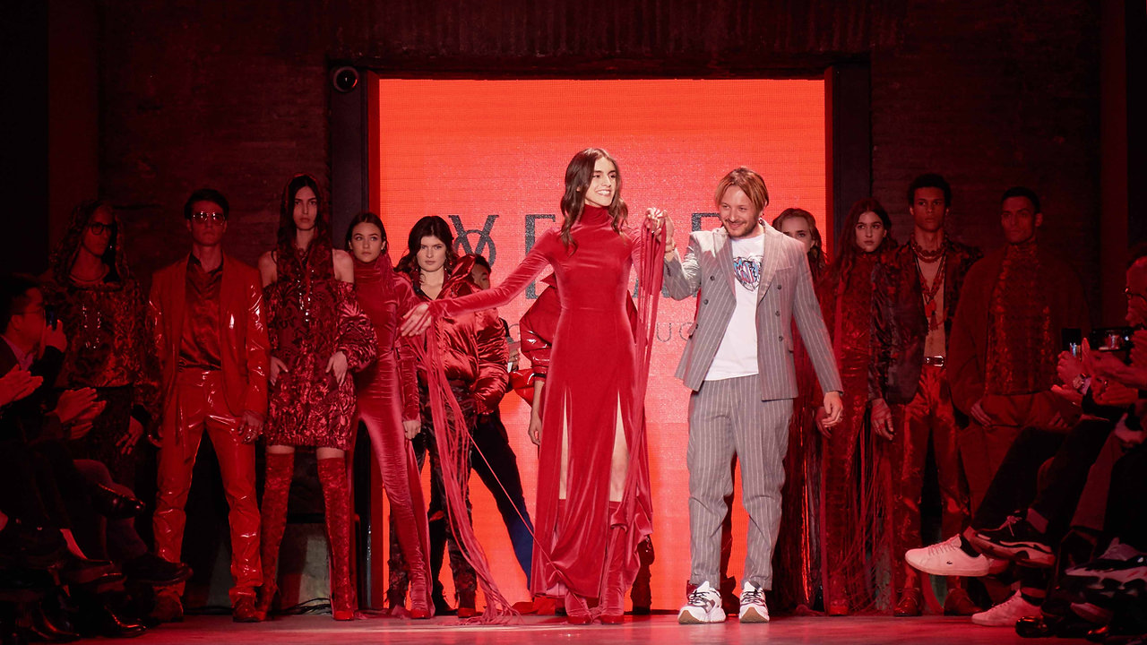 YEZAEL Red Fashion Show guest for Alibaba group + AltaRoma