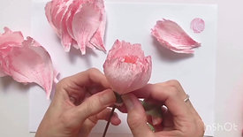 Paper peony - Episode 4 - Building the flower