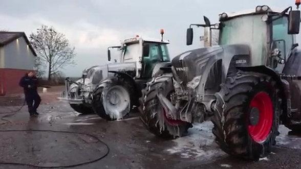 Lisan löst groben Schmutz schnell und gründlich an Geräten und Landmaschinen/Nutzfahrzeugen #1