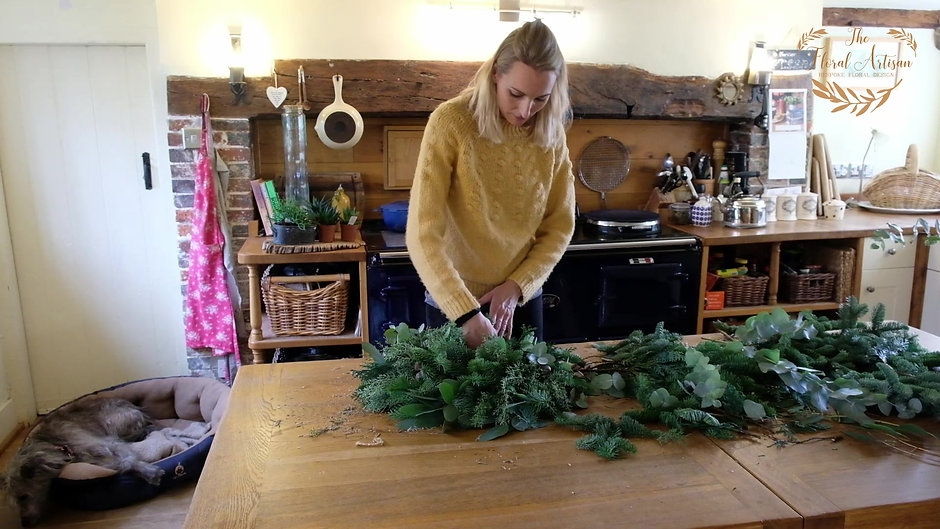 Christmas DIY Wreath Tutorial