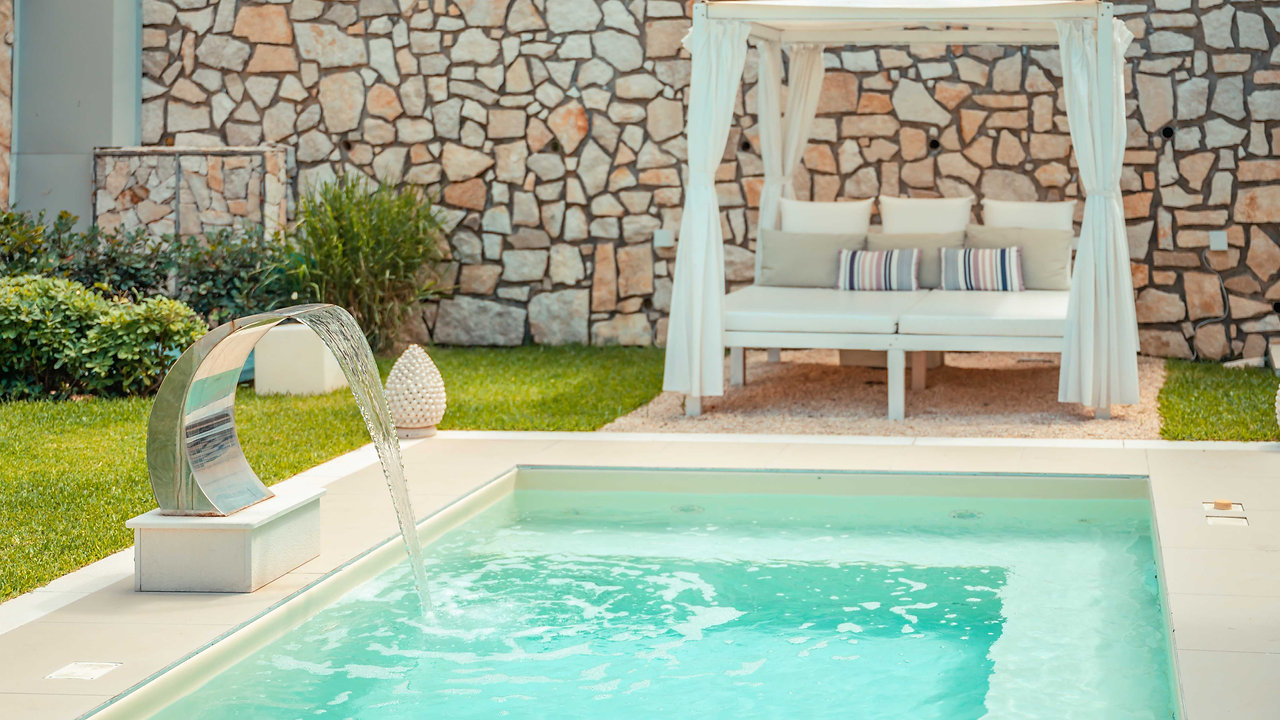 Villa Mastrissa: Luxury apartment with private mini pool in Taormina (Sicily)