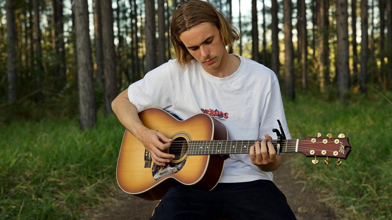 Edge Of Unknown (Acoustic) - Austin Mackay