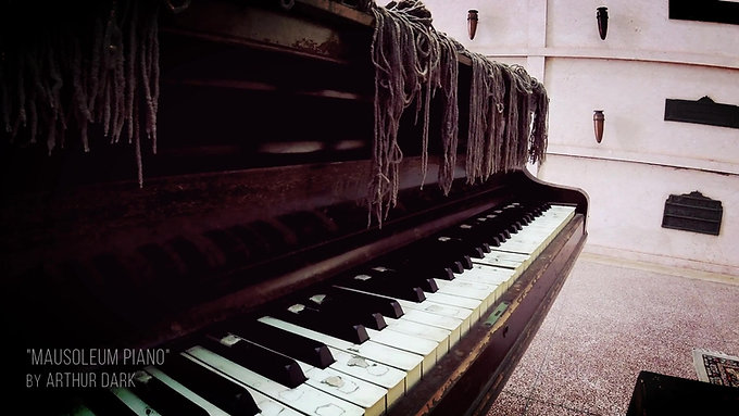 Mausoleum Piano