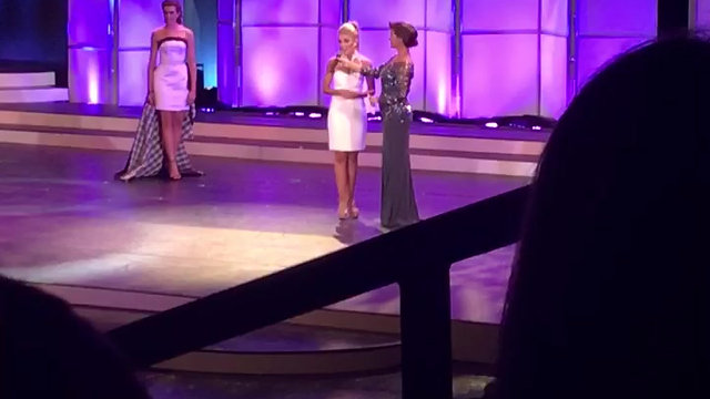 ALI SPEAKING ABOUT THE ARTS AT THE 2016 MISS SOUTH CAROLINA PAGEANT