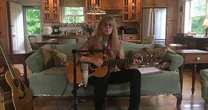 Martin Guitar - Jam In Place