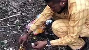 Rich Yahoo Boy eats poo to survive and remain rich