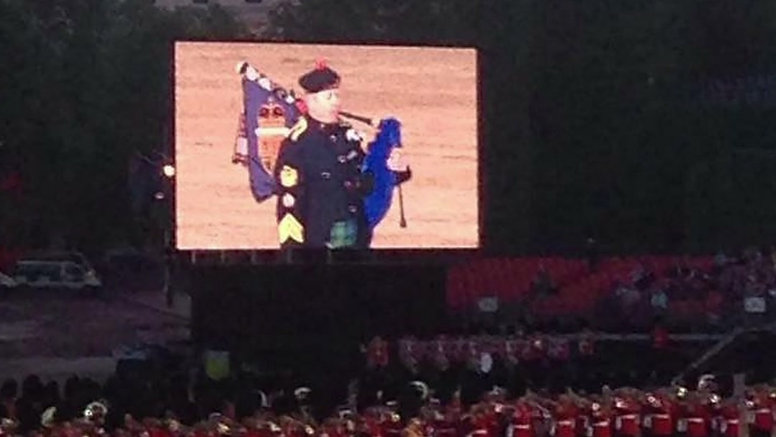 Official Royal Piper