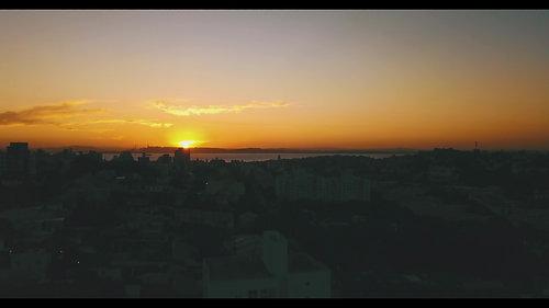 Pôr do sol, Rio Guaíba (00:46 )